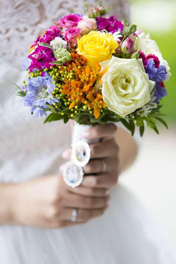 Brautstrausfoto bei einer Hochzeit in Kastellaun