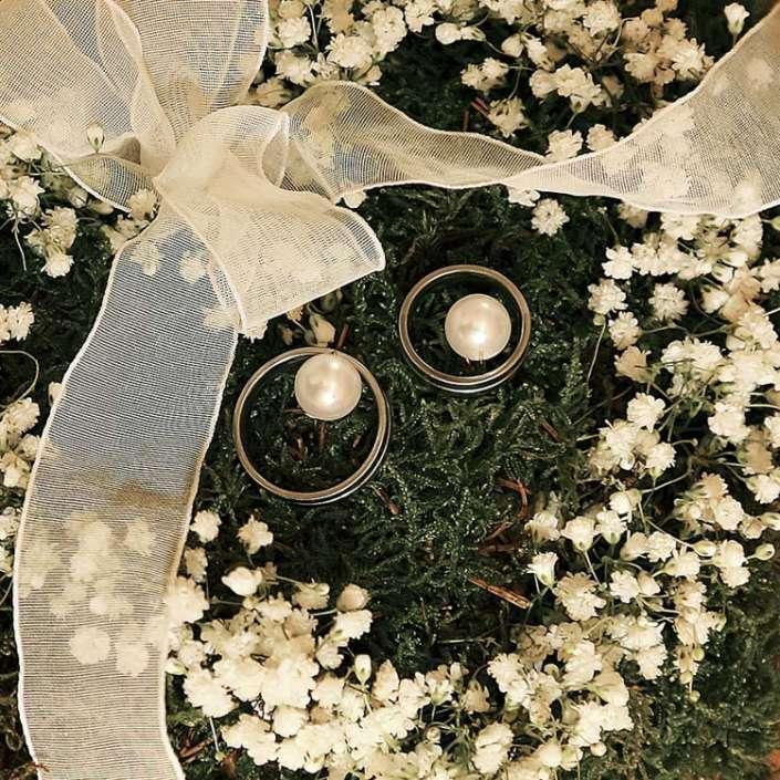 Unsere Eheringe-Hochzeitsfoto in Villingen-Schwenningen