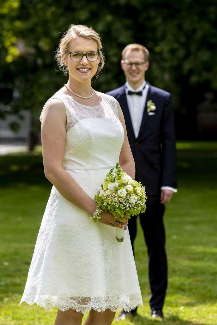 Ettlingen Fotograf für natürliche Hochzeitsfotos_