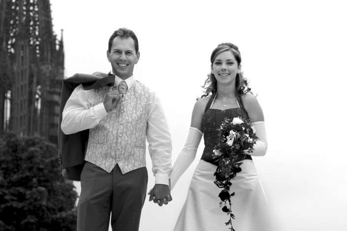natürliches, zeitloses Hochzeitsbild in Freiburg