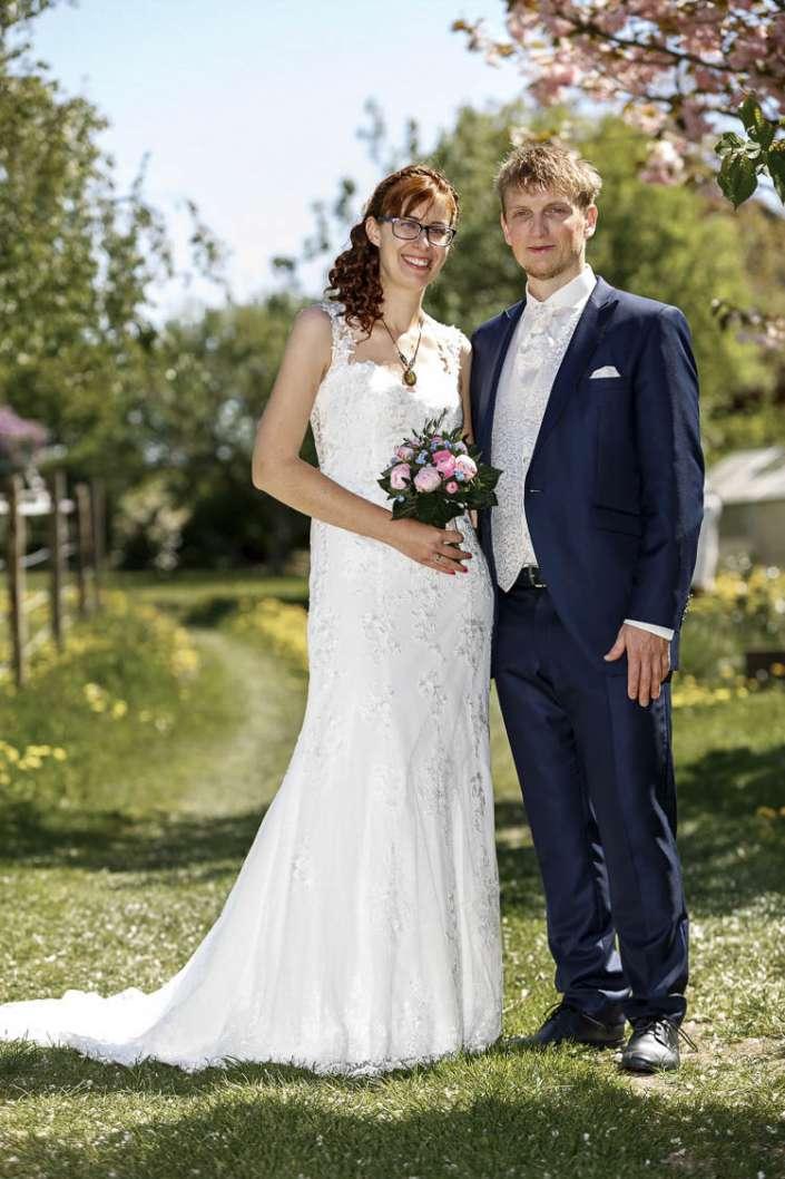 Hochzeitsfotograf Simmern, natüliches Foto im Grünen
