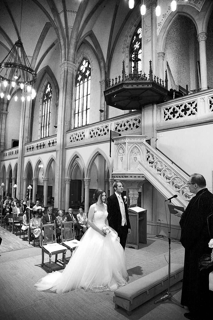 Hochzeitsfotografie-Baden-Baden in der ev. Stadtkirche