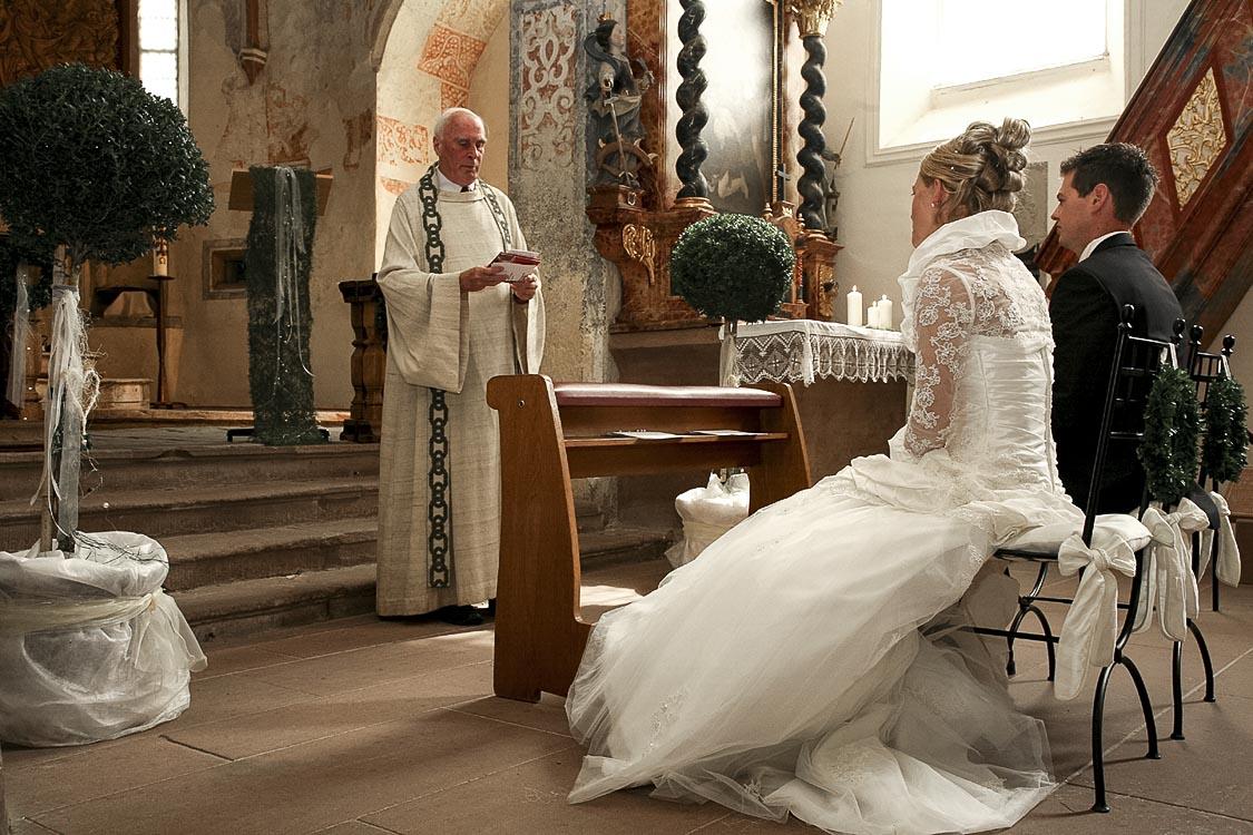 Hochzeitsfotos in Freiburg bei der Trauung