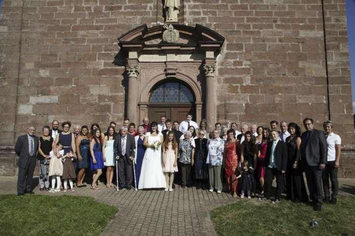 Ursula-Kapelle-St.Peter-Hochzeitsgesellschaft Gruppenfoto