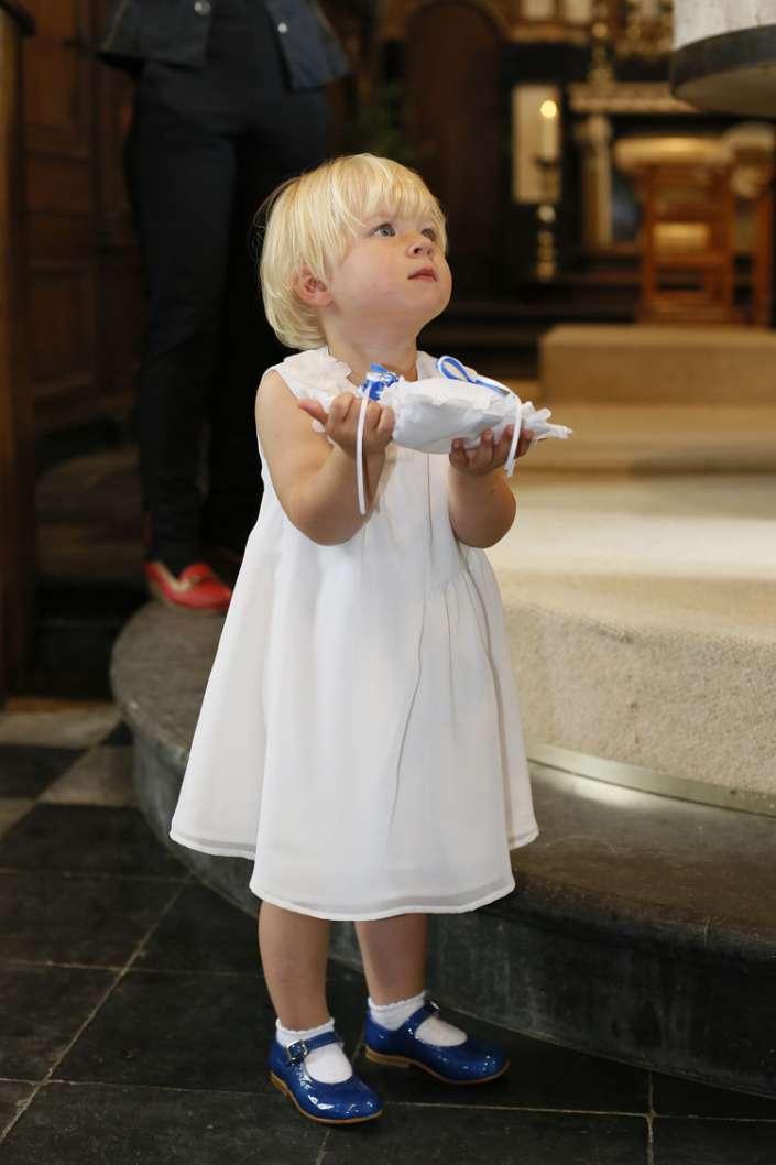 Kind mit erwartungsvollem Blick