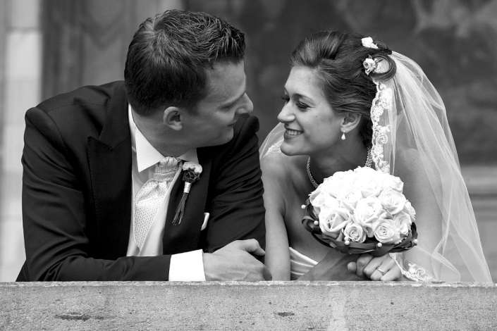 Hochzeitsfoto in schwarz-weiß